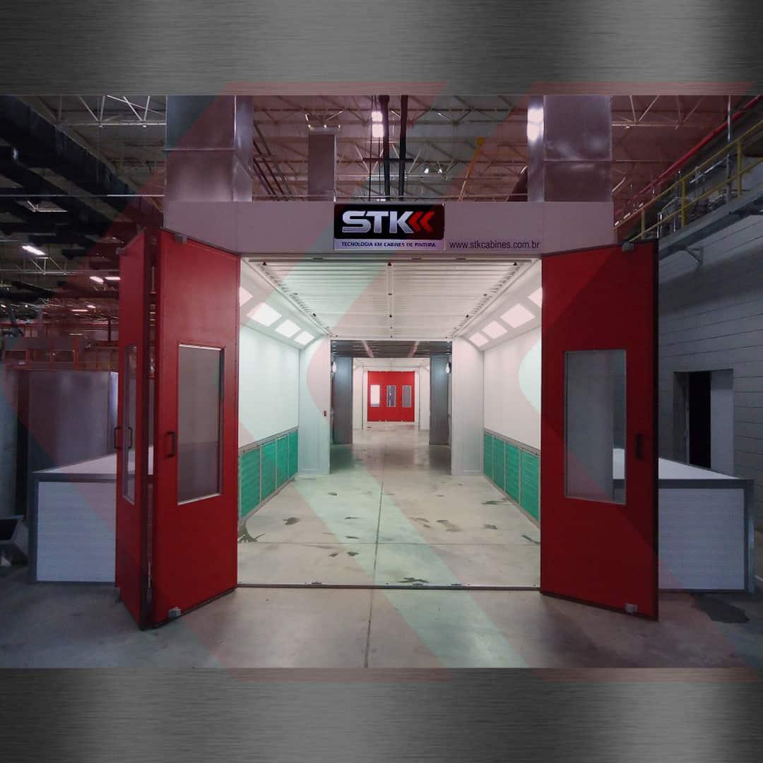 cabine para pintura em série, dois estágios.
